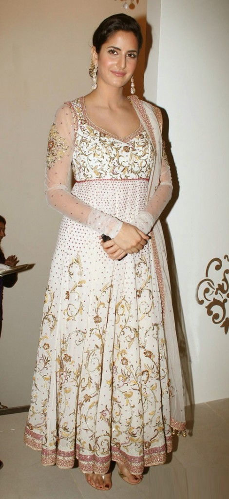 Katrina-kaif-in-Anarkali-Suits-for-Bridals