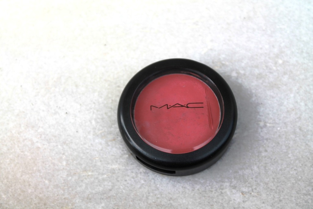 Mac creme blend blush in posey