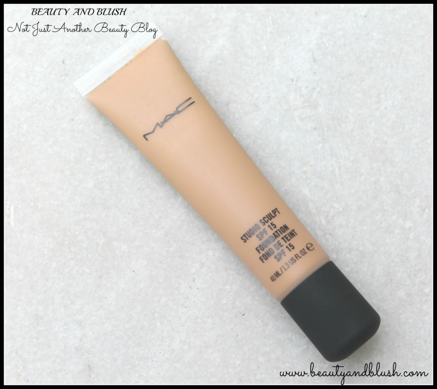 Mac Studio Sculpt SPF 15 Foundation Review