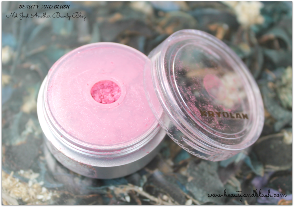 Kryolan Satin Powder Sparkling Eye Dust Review
