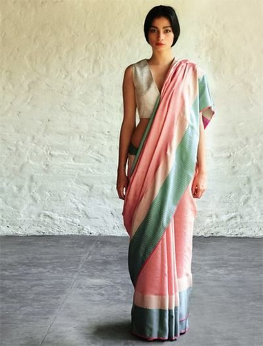 Stylish Blouse Types That Have Made Saree Most Fashionable Attire