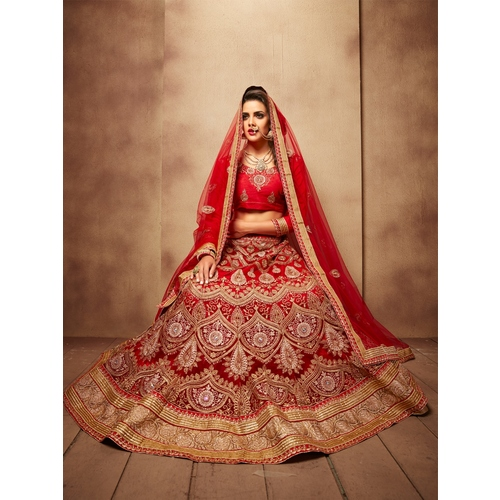 Designer Wedding Lehengas Available Online
